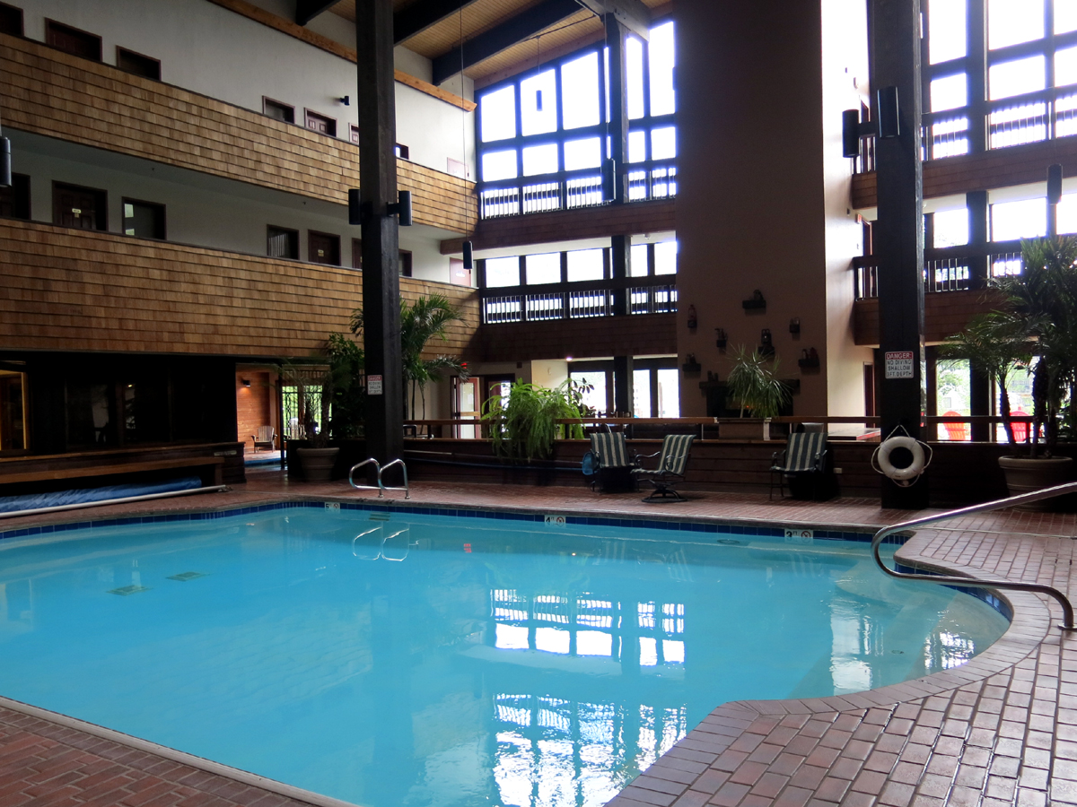 Crested Butte Swimming Pool at Three Seasons