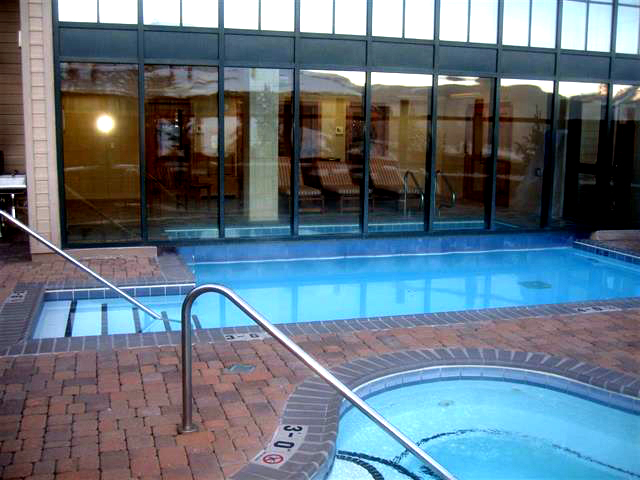 The pool at Lodge at Mountaineer Square in Crested Butte CO